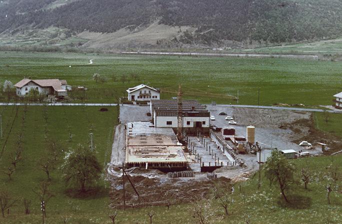Construcción de la fábrica de Schluderns