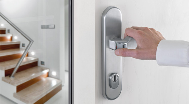 eHandle FingerScan for doors - Simple and secure