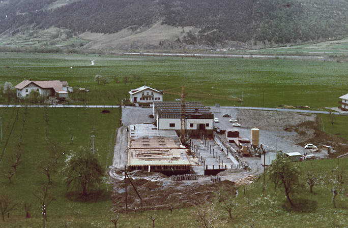 Uppbyggnad av produktionsanläggningen i Schluderns